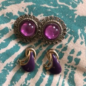 Set of 2 purple earrings